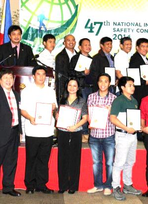Awards for PSPC Terminals were received by Shell Poro Terminal Manager Clarence Catapang and Shell Pandacan Terminal Operations Admin Jenn Caoile-Ocampo.